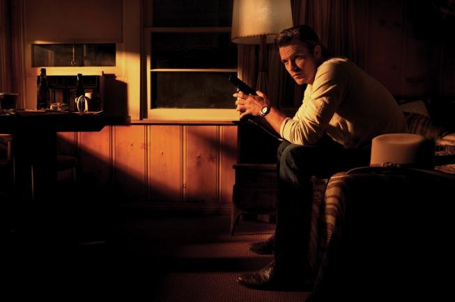 JUSTIFIED: Timothy Olyphant as Raylan Givens. CR: Robert Zukerman / FX