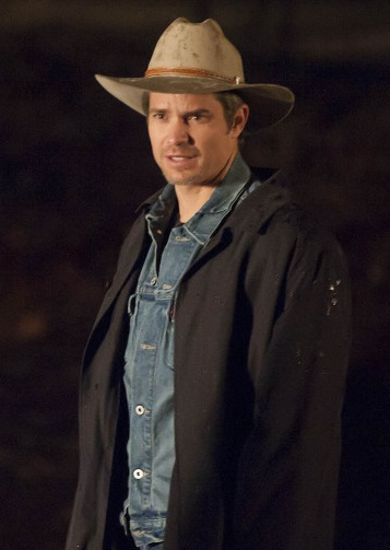 raylan givens duster