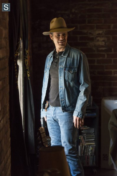 raylan raw deal jeans