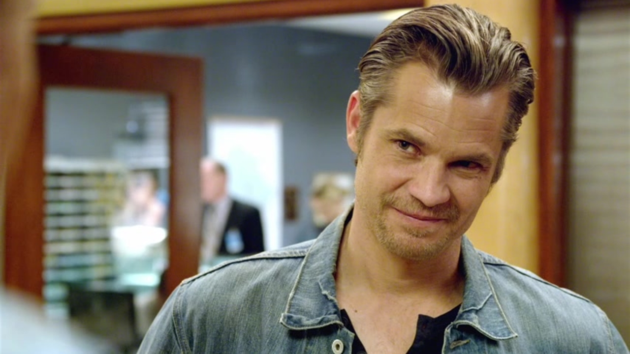 justified the toll raylan bigger pic