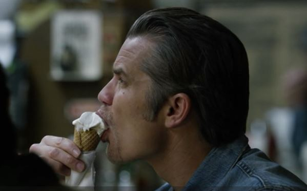raylan sucking ice cream