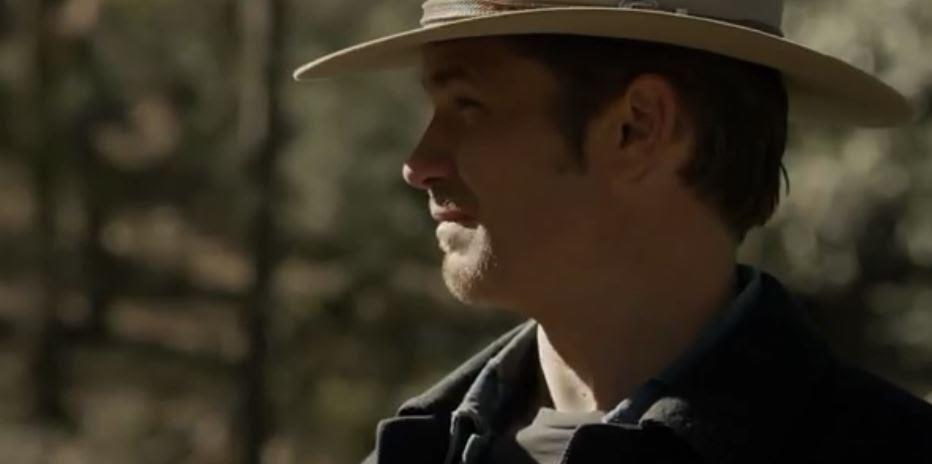 raylan in hat