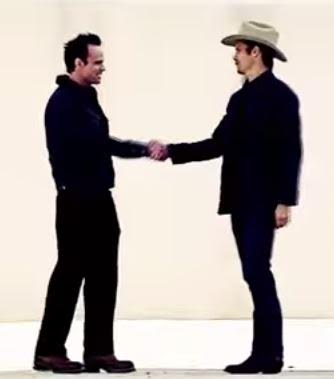 raylan shaking hands with boyd